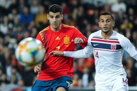 España y Morata, sonrisas sin goles
