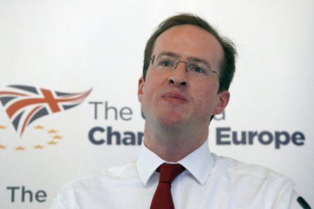 """""""Theresa May tiene que dimitir para salvar su plan del Brexit"""""""