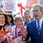 El ultranacionalista Farage reúne en Londres a miles de seguidores