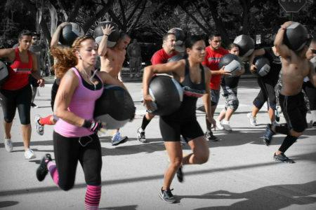 Del 'Fit boxing' al 'Booty barre': los siete nuevos ejercicios que debes conocer