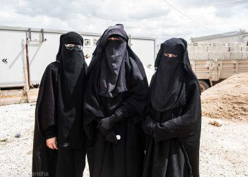 """Las tres españolas del ISIS: """"Solo deseamos irnos"""""""