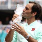 Roger Federer ataca a 'Nike' y reclama el logo «RF»
