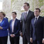 Alemania y Francia tratan de resucitar el diálogo en los Balcanes