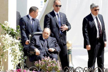 Buteflika deja la presidencia de Argelia tras seis semanas de protestas