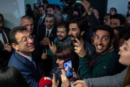 La oposición lidera el recuento en Estambul con el 99,7 % del voto escrutado