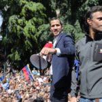 Leopoldo López ingresa en la Embajada de Chile tras ser liberado