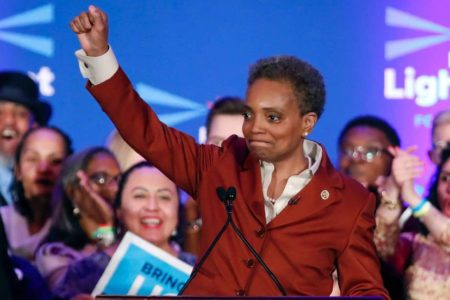 Chicago elige a su primera alcaldesa negra y gay