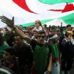 La economía también juega su papel en la crisis de Argelia