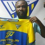 Akinsola, el nuevo «Messi» que ha acabado en el UD Tomares