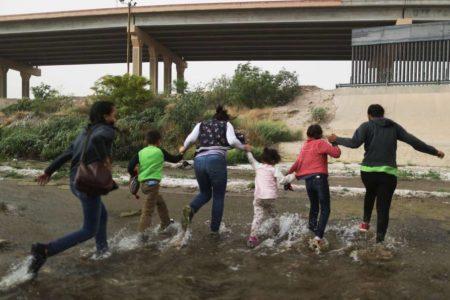 El Gobierno de EE UU revela ahora la muerte de una niña inmigrante bajo su custodia hace ocho meses