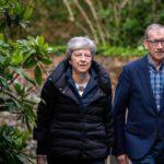May ofrece nuevas cesiones a Corbyn para intentar salvar el Brexit