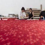 Un tapiz de la Bauhaus perdido durante casi 30 años aparece en las catacumbas de un hotel mexicano