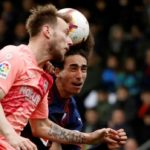 La operación salida del Barça se atasca