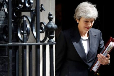 Los conservadores buscan precipitar la caída de May para evitar un segundo referéndum sobre el Brexit