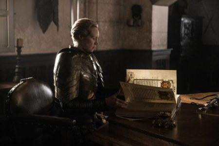 """""""Esta gente ha sufrido muchísimo, se nota"""": el final de 'Juego de tronos', resumido por alguien que nunca vio la serie"""