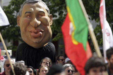 El Gobierno de Portugal dimitirá si se aprueba la ley de los profesores
