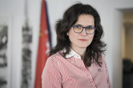 """El partido de Kaczynski está destruyendo Polonia"""