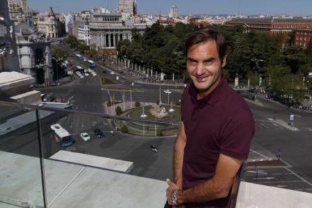 Federer, un regreso que da luz a Madrid