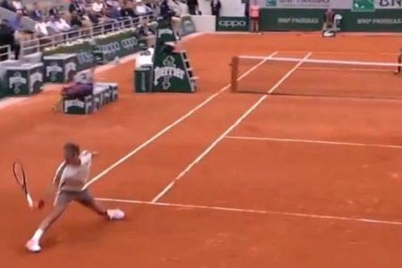 Federer desespera a Otte