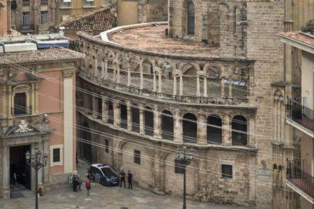 Los técnicos certifican el deterioro de unas vigas de la catedral de Valencia pero sin riesgo de derrumbe