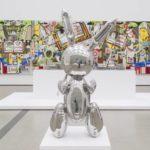 El conejo de acero inoxidable hace a Jeff Koons el artista vivo más caro: 91 millones de dólares