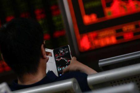 La guerra comercial entre China y EE UU agita los mercados en Asia