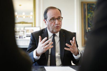 """François Hollande: """"Quien vota a la extrema derecha, también vota a Trump y a Putin"""""""