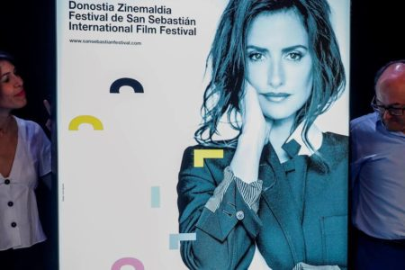 Penélope Cruz, premio Donostia y cartel del próximo festival de San Sebastián