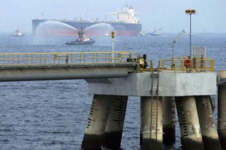 Arabia Saudí denuncia el sabotaje de dos petroleros en aguas de Emiratos Árabes