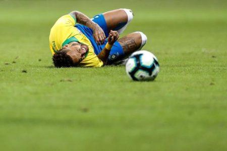 La decadencia de Neymar le aleja del Madrid