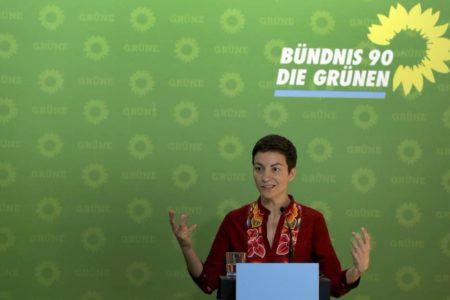 Los Verdes marcan distancias con la alianza europea de Macron y Sánchez