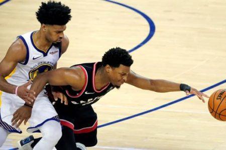 Los Raptors aprovechan las bajas de los Warriors y toman la ventaja en la final