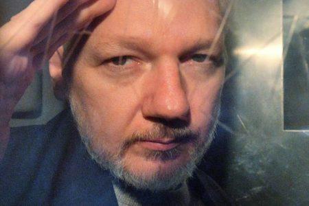 El Reino Unido firma la orden de extradición de Julian Assange a EE UU