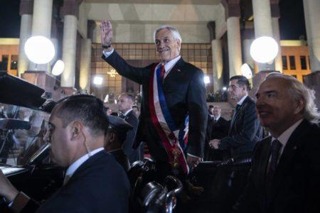 El presidente chileno cambia a seis ministros en plena crisis de popularidad