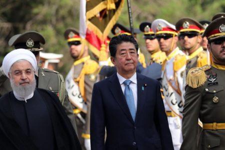 Shinzo Abe se postula como mediador entre Irán y EE UU