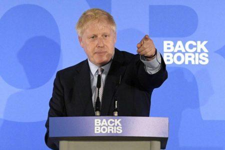 Los euroescépticos se vuelcan en la candidatura de Boris Johnson para salvar el Brexit