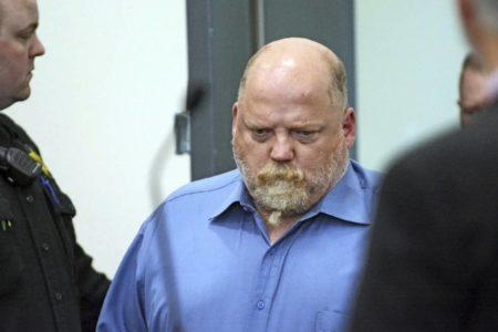 Los genes de dos primos segundos llevan a un hombre al banquillo por un doble asesinato de hace 32 años