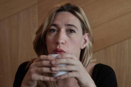 """Abril Zamora: """"Soy actriz, guionista, alta, nerviosa… y también 'trans"""""""