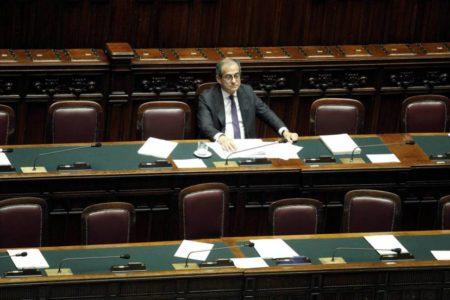 La UE avanza en el proceso para sancionar a Italia por su deuda