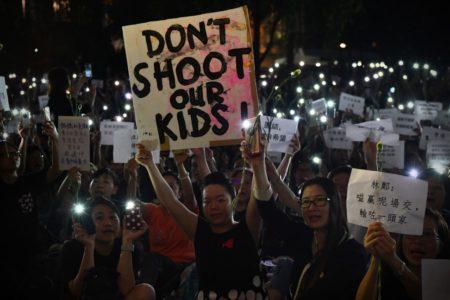 Ingenio y tecnología: las tácticas de los jóvenes en las protestas de Hong Kong