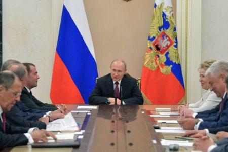 Putin destituye a la cúpula policial implicada en el caso Golunov